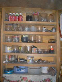 Полка для инструментов в мастерской, делаем сами