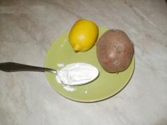 Отбеливающая паста для рук из лимона, картофеля и муки