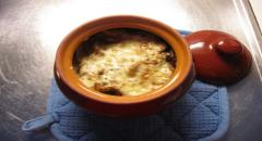 Пельмени в горшочках (горшочке) с сыром и грибами - рецепт
