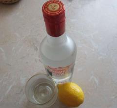 Лосьон для лица из водки на лимонных корочках