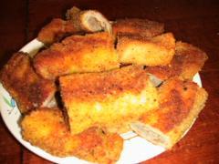 Блины жареные в сухарях с рыбной начинкой - рецепт, фото