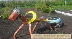 Деревянная лошадка - клумба